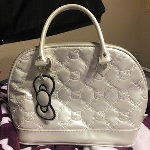 Loungefly loves Hello Kitty White Purse